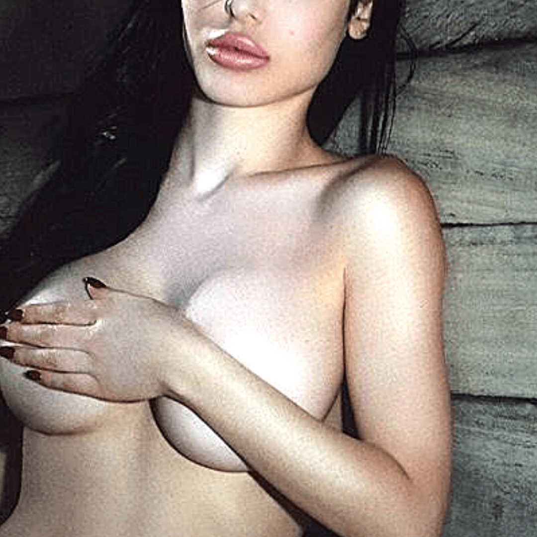 Carla is a full-lipped escort model