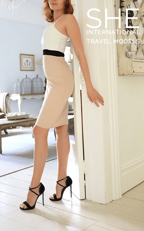 Stunning Sienna wearing an elegant outfit