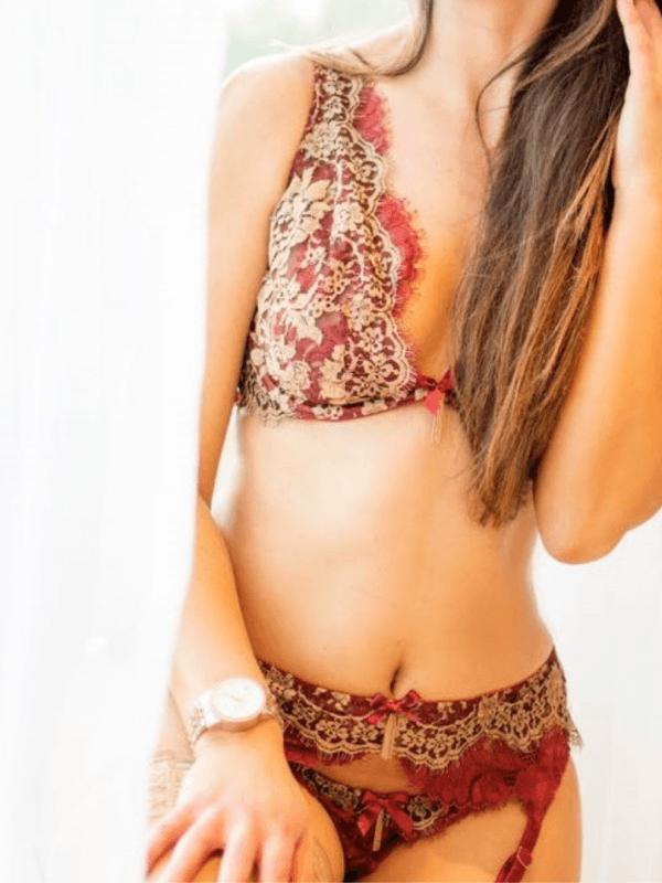 Farah in a hot red set
